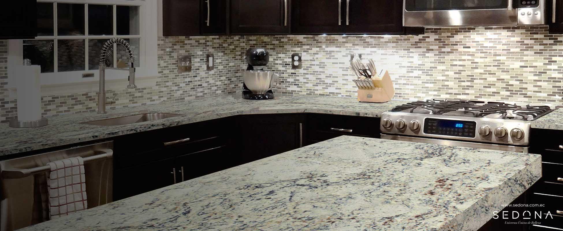 Colores de granito para cocina interesting tops sa cocina for Marmol blanco con vetas negras
